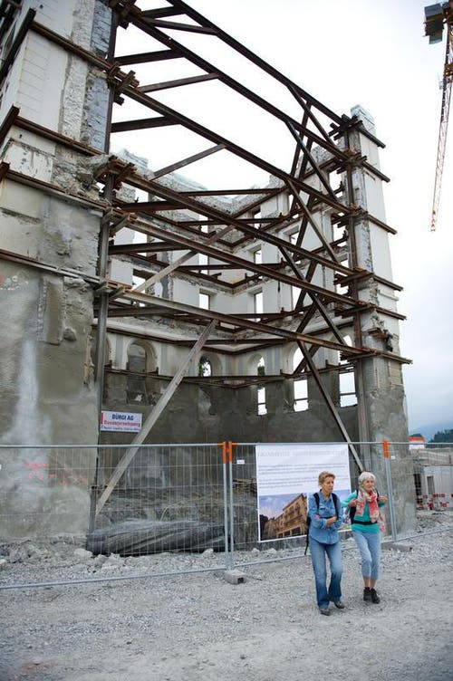 15.06.2014: Tag der offenen Baustelle auf dem Bürgenstock. (Bild: Corinne Glanzmann / Neue LZ)
