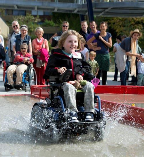 20. September: Die Rodtegg, Stiftung für Menschen mit körperlicher Behinderung, eröffnet einen Natur und Abenteuer Rollstuhlpark. (Bild: Eveline Beerkicher / Neue LZ)