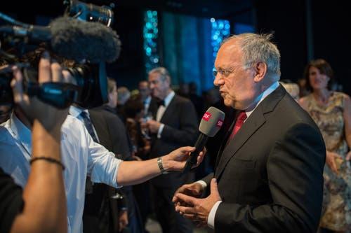 Lucerne Festival: Johann Schneider Ammann beim Interview mit dem SRF. (Bild: Roger Grütter)