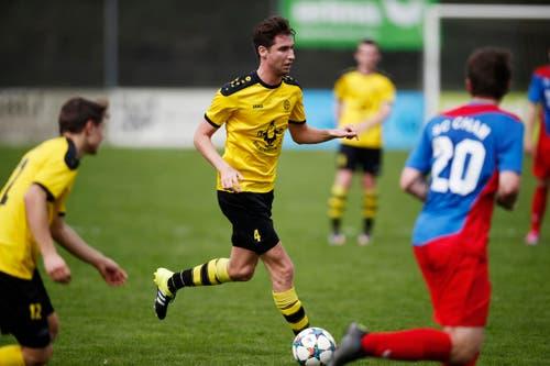Baars Simon Imbach am Ball. (Bild: Stefan Kaiser / Neue ZZ)