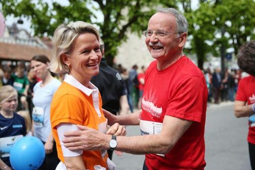 Bekannte Namen am Stadtlauf: CVP-Nationalrätin Andrea Gmür und der ehemalige OK-Präsident des Stadtlauf Erwin Bachmann. (Bild: Philipp Schmidli / Neue LZ)