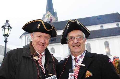 Ehemalige Frohnsinnväter Xaver Theiler (links) und Walter Niederberger (Bild: André A. Niederberger / Neue NZ)