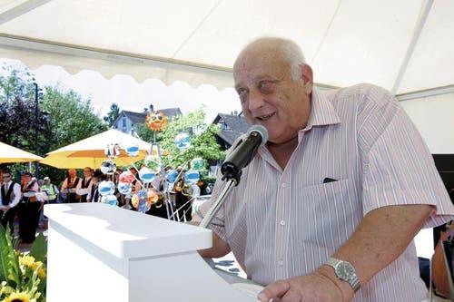 1. August-Feier auf dem Gemeindeplatz in Baar. Im Bild Festredner Kurt Uster. (Bild: Werner Schelbert / Neue ZZ)