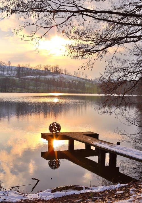 Sonnenuntergang am Soppensee im Luzerner Rottal. (Bild: Priska Ziswiler-Heller)