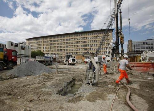Die Baustelle am 15. Mai 2012. (Bild: Stefan Kaiser / Neue ZZ)