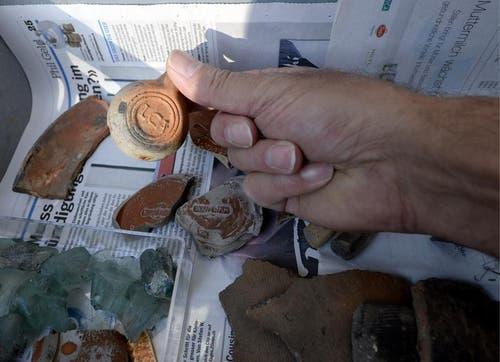 Die Keramikscherben stammen aus dem 2. Jahrhundert n. Chr. (Bild: Keystone)