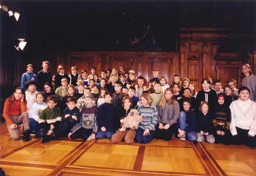 Offizielles Gruppenfoto mit Hillary Clinton, Januar 1998 (Bild: zvg)