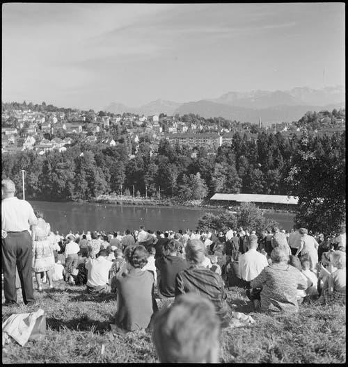 1962 fand auf dem Rotsee die erste Ruder-WM statt. (Bild: Max A. Wyss / Stiftung Fotodok)