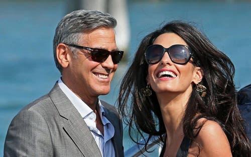 Darf in keinem People-Jahresrückblick fehlen: George Clooney und seine Verlobte, die Libanesisch-Britische Anwältin Amal Alamuddin im September in Venedig. (Bild: Keystone)