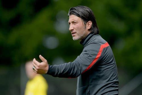 Er ist neuer Trainer von Spartak Moskau und war früher Trainer des FC Luzern: Murat Yakin, hier während des Testspiels der beiden Clubs. (Bild: Keystone / Urs Flüeler)