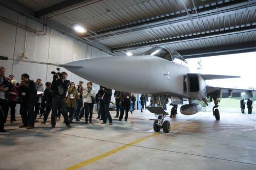 Präsentation des Gripen am 12. Oktober auf dem Militärflugplatz in Emmen. (Bild: Keystone)