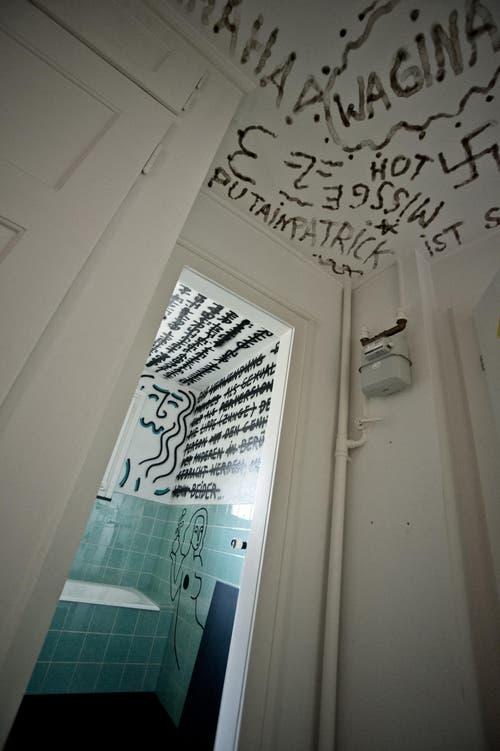 Wohnung mit Werken von Pablo Stettle und Lionne Saluz. (Bild: Pius Amrein / Neue LZ)