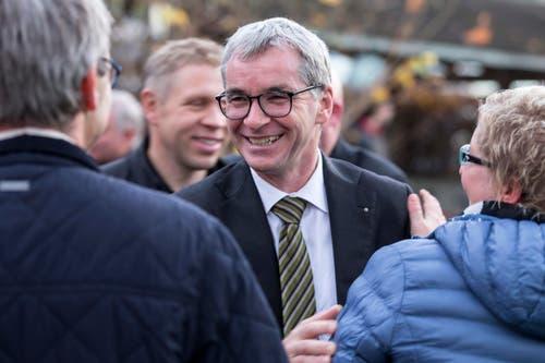 Der neu gewaehlte Ständerat Erich Ettlin bei der Wahlfeier in Kerns. (Bild: Alexandra Wey /Keystone)