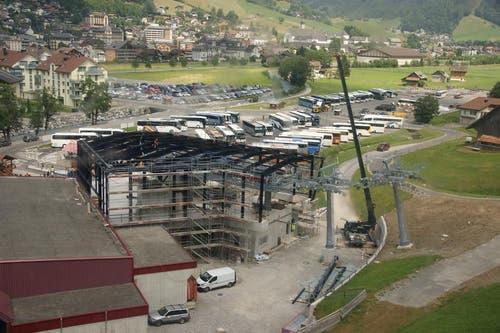 In der Talstation Engelberg ist bereits ein grosser Teil der Bahntechnik eingebaut. Die folgenden Bilder stammen vom 20. Juli 2015 (Bild: Philipp Unterschütz)