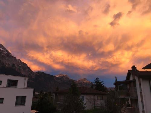 Himmel über Schattdorf (Bild: Michael Anderhalden)