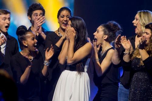 Melanie René aus Genf gewinnt die Entscheidungsshow des Schweizer Fernsehens SRF zum Eurovision Song Contest. (Bild: Keystone / Ennio Leanza)
