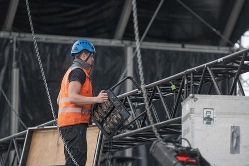 Die Produktion von Iron Maiden wurde aus Berlin herangefahren, diejenige von Rammstein aus dem italienischen Monza, wo die Band am 1. Juni ihre Tour startete. (Bild: Pius Amrein / Neue LZ)