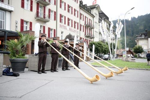 Impressionen von der grossen 1. Augustfeier in Engelberg. Im Bild: Alphornquartett (Bild: Manuela Jans / Neue LZ)