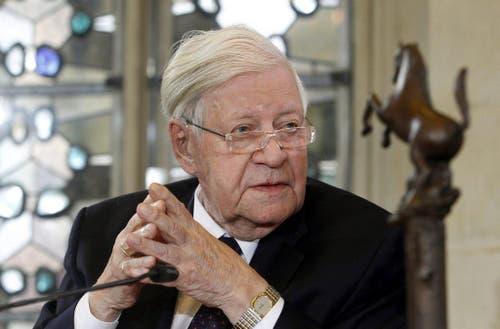 """Am 22. September 2012 wird Helmut Schmidt der """"Preis des Westfälischen Friedens"""" verliehen. (Bild: Keystone)"""