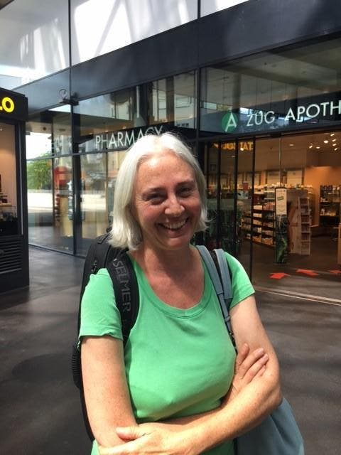 Isabelle Reinhart (55), Zug: «Ich brauche nicht unbedingt einen solchen Laden. Ich habe auch bisher schon so eingekauft. Es ist aber praktisch, dass es vegetarische und vegane Produkte jetzt gebündelt an einem Ort gibt.» (Bild: PD)