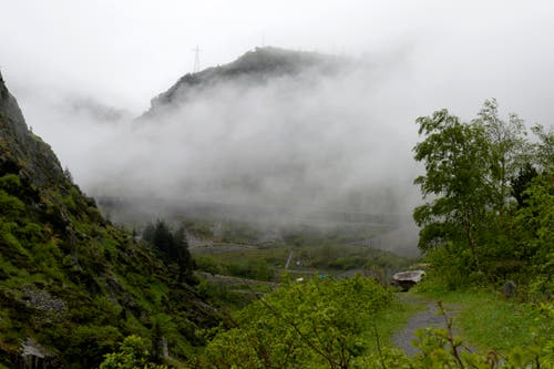 Schöne, rauhe Bergwelt: Hier gibt die Natur den Ton an. (Bild: Keystone / Urs Flüeler)
