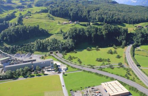 Die mögliche Portalzone (links) bei Ingenbohl. (Bild: PD)