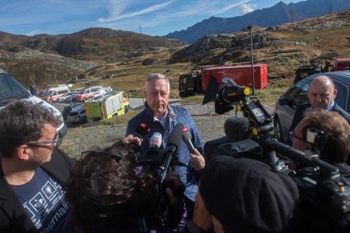 Armeechef André Blattmann spricht zu den Medien. (Bild: Keystone)