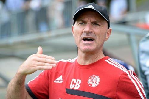 Der Trainer des FC Luzern Carlos Bernegger während des Spiels. (Bild: Keystone / Urs Flüeler)