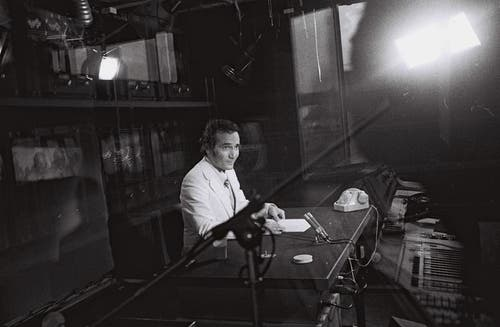 1971: Sprecher Leon Huber. (Bild: SRF)