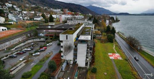 16. Januar: Die Pläne für ein neues Zuger Kunsthaus auf dem Areal des ehemaligen Kantonsspitals (Bild) sind gestorben. Für das 45-Millionen-Projekt konnte keine Geldgeber gefunden werden. (Bild: Stefan Kaiser / Neue ZZ)