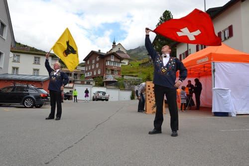 1. August: Bundesfeier in Andermatt. Fahnenschwinger im Einsatz. (Bild: Sven Aregger / Neue UZ)