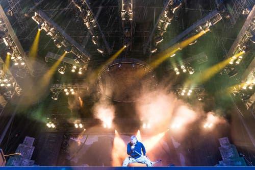 Iron Maiden rockt. (Bild: Roger Grütter)