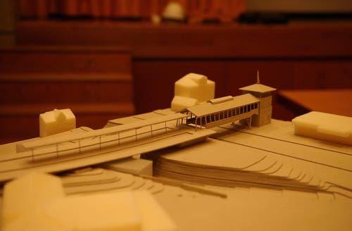 Modell des neuen Rigi-Bahnhofs, der am 4. Juni 2015 eröffnet werden soll. (Archivbild Neue LZ)