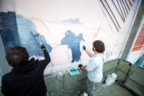 Anlass dazu ist die zweite Ausgabe des von Viva con Agua organisierten Neusicht Festivals, das von Donnerstag bis Samstag im Neubad stattfindet. (Bild: Roger Grütter)