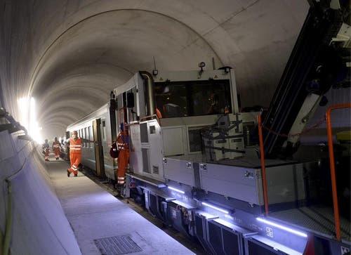 31.10.2013: Eine Diesellokomotive. (Bild: Keystone)