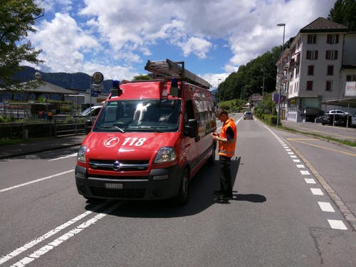 Laut der Feuerwehr der Seegemeinden (Greppen, Weggis, Vitznau) ereignete sich der Steinschlag um die Mittagszeit. (Bild: Geri Holdener / Bote der Urschweiz)
