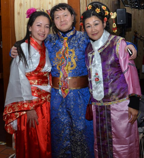 Echte traditionelle Kleidung aus Taiwan (Bild: Claudia Surek)