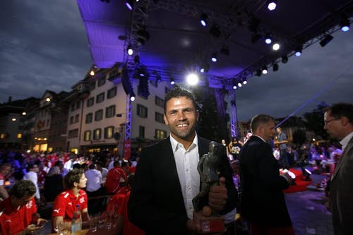 Uli Forte, Grasshopper Club Züich, gewinnt den Award 'Credit Suisse Coach of the Year' (Bild: Keystone)