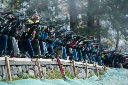 ... sowie 56 Schützen der Stadt Luzern. (Bild: Keystone / Urs Flüeler)