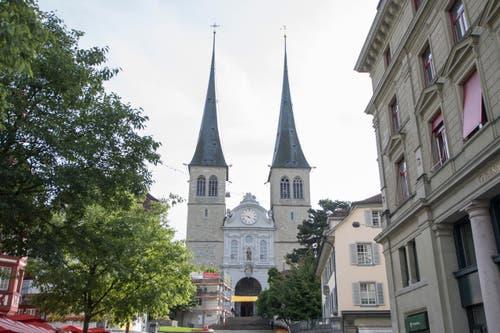 Die Hofkirche in der Stadt Luzern. (Bild: Urs Flüeler / Keystone)