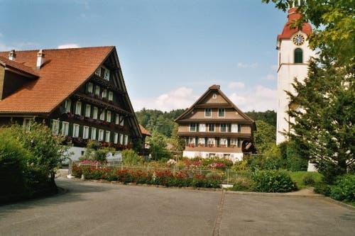Kanton Zug: Bauerngärten in Cham Niederwil (Bild: Schweizerische Bauernhausforschung)