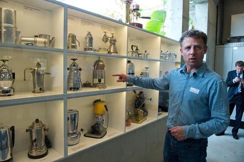 Der Besucher erfährt mehr über die Geschichte des Kaffees, die Hintergründe der Zubereitung, spezielle Rezepte... (Bild: Dominik Wunderli / Neue LZ)