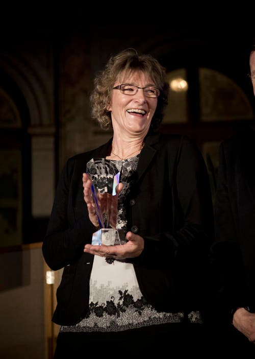 14. Januar: Anita Müller aus Buchrain ist die Unbekannte Heldin des Jahres 2013. Im Januar 2014 wurde sie dafür geehrt. (Bild: Manuela Jans / Neue LZ)