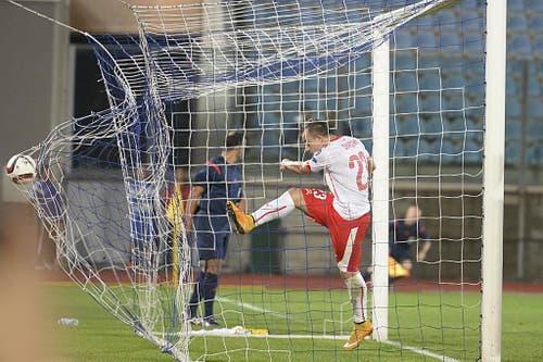 Xherdan Shaqiri trifft in der EM-Qualifikation gegen San Marino. (Bild: Keystone)