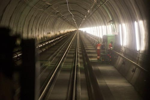 02.04.2013: Ab Dezember 2013 brausen hier die ersten Züge durch (Testfahrten). (Bild: Keystone)