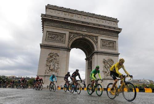 Arc de Triomphe (Bild: AP / Laurent Cipriani)