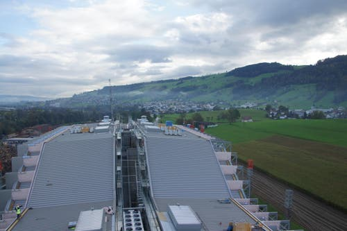 Blick auf das Dach der Anlage. (Bild: Philipp Zurfluh)