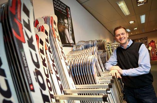 26. Mai: Es wird bekannt, dass Stöckli Ski den Besitzer wechselt. Im Bild zu sehen ist Beni Stöckli junior. Er hat die Aktien der Stöckli Swiss Sports AG an die Entlebucher Unternehmerfamilie Kaufmann verkauft. (Archivbild Philipp Schmidli)