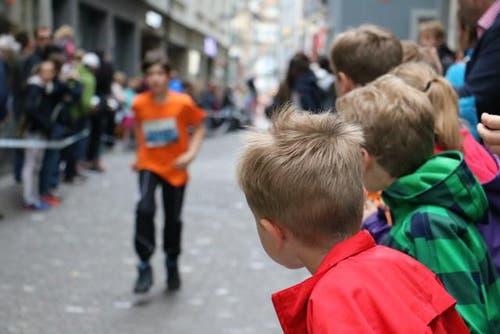 Schüler des 5. und 6. Schuljahres. (Bild: Ramona Geiger / luzernerzeitung.ch)