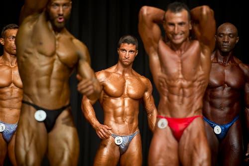 In Unterägeri findet die Schweizer Meisterschaft im Natural Bodybuilding statt. Gewählt wird Miss Fitness und Mr. Fitness. (Bild: Maria Schmid(Neue ZZ))